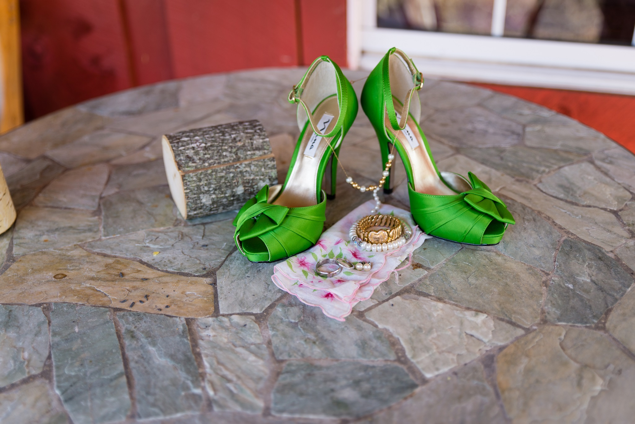 wedding rings, details, Campton KY wedding, rrg wedding, Red River Gorge, outdoor wedding, kentucky wedding, ky wedding photographer