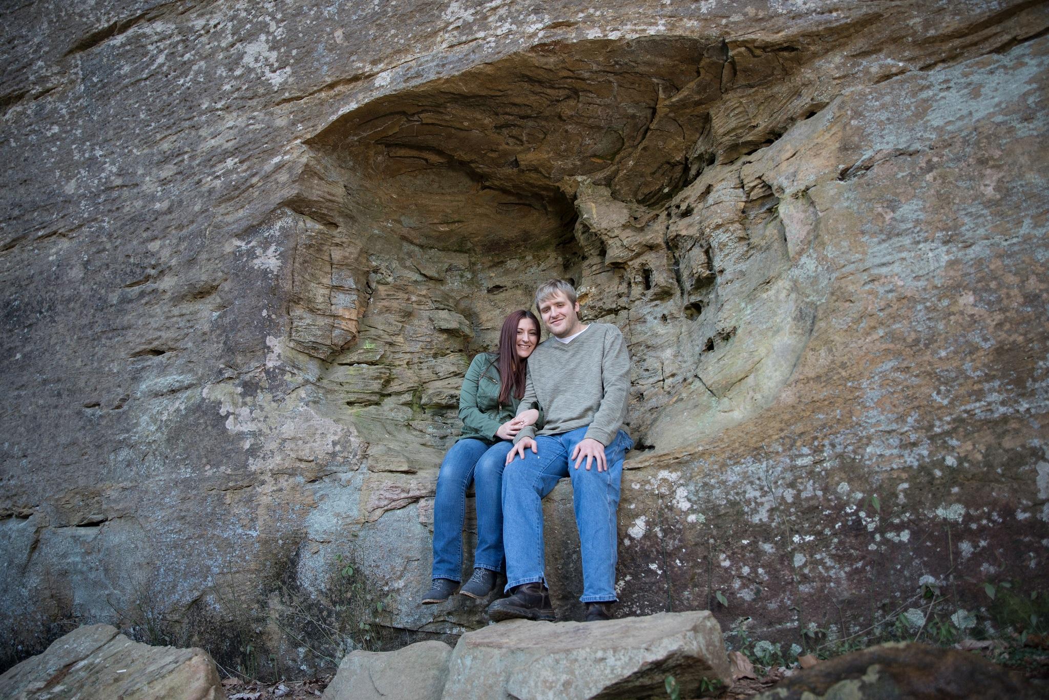 hiking, Kentucky engagement photos, Red River Gorge, Red River Gorge photographer, Georgetown KY wedding photographer