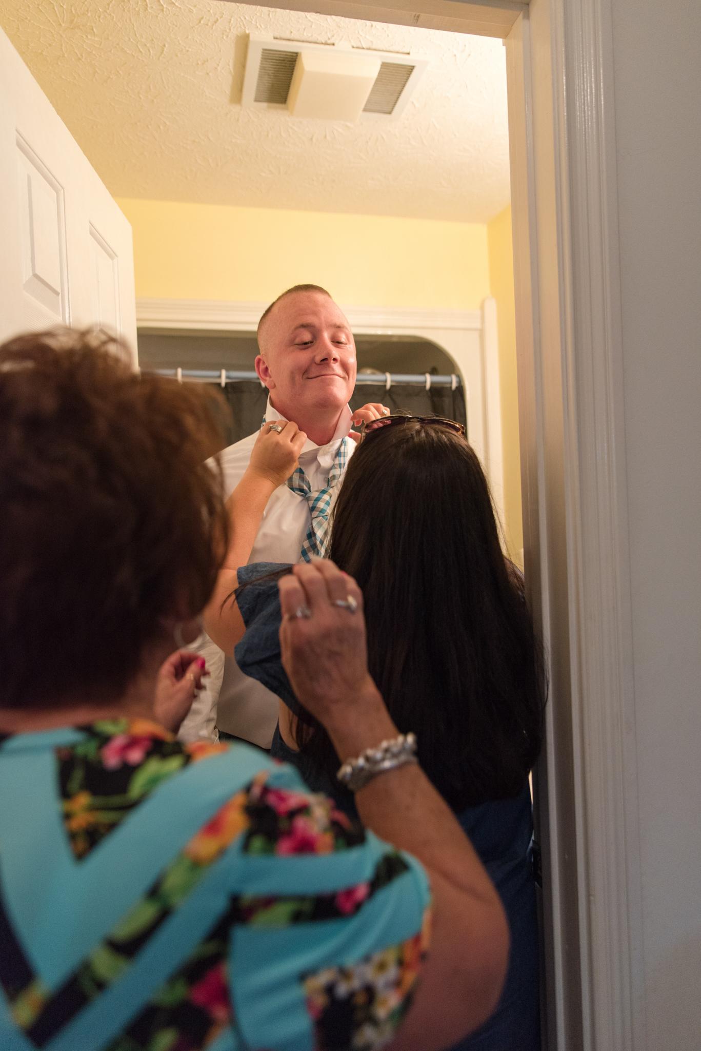 Getting ready, groom, Kentucky wedding, KY wedding photographer
