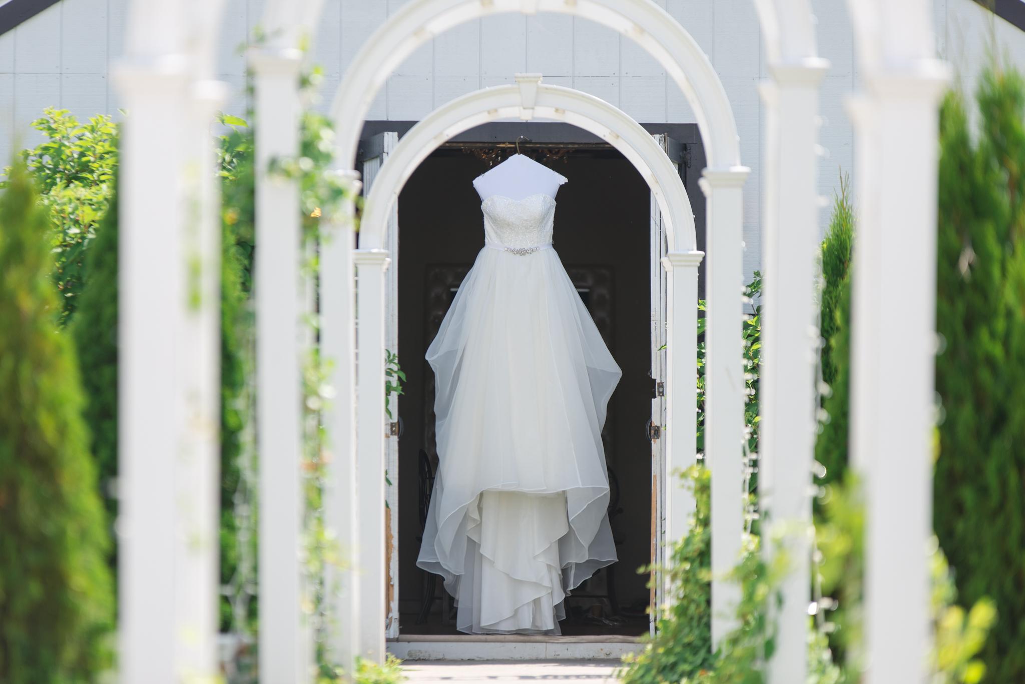 Josephina Event Venue, Kentucky Wedding Photographer, Wedding dress, Lexington, Campton