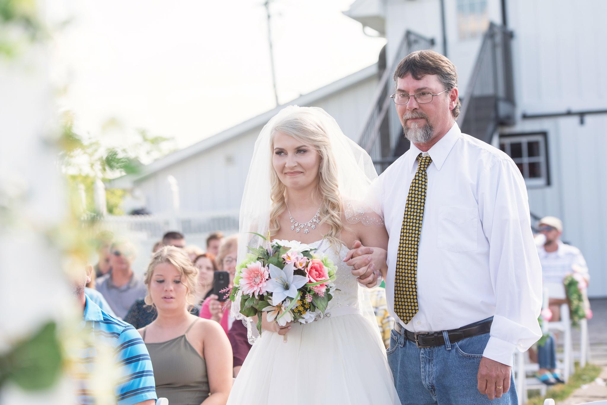 Bride, KY bride, barn wedding, KY wedding, outdoor wedding, Dry Ridge, Lexington, Somerset, Winchester, Mt Sterling, Ashland, West Chester