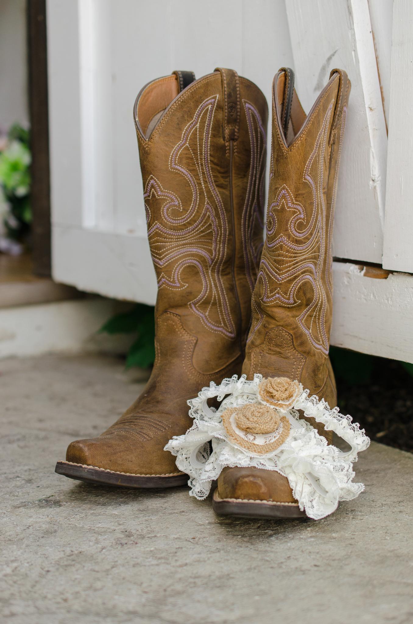 Dry Ridge, Louisville, West Chester, Lexington, Campton, Ashland, wedding details, boots, garters
