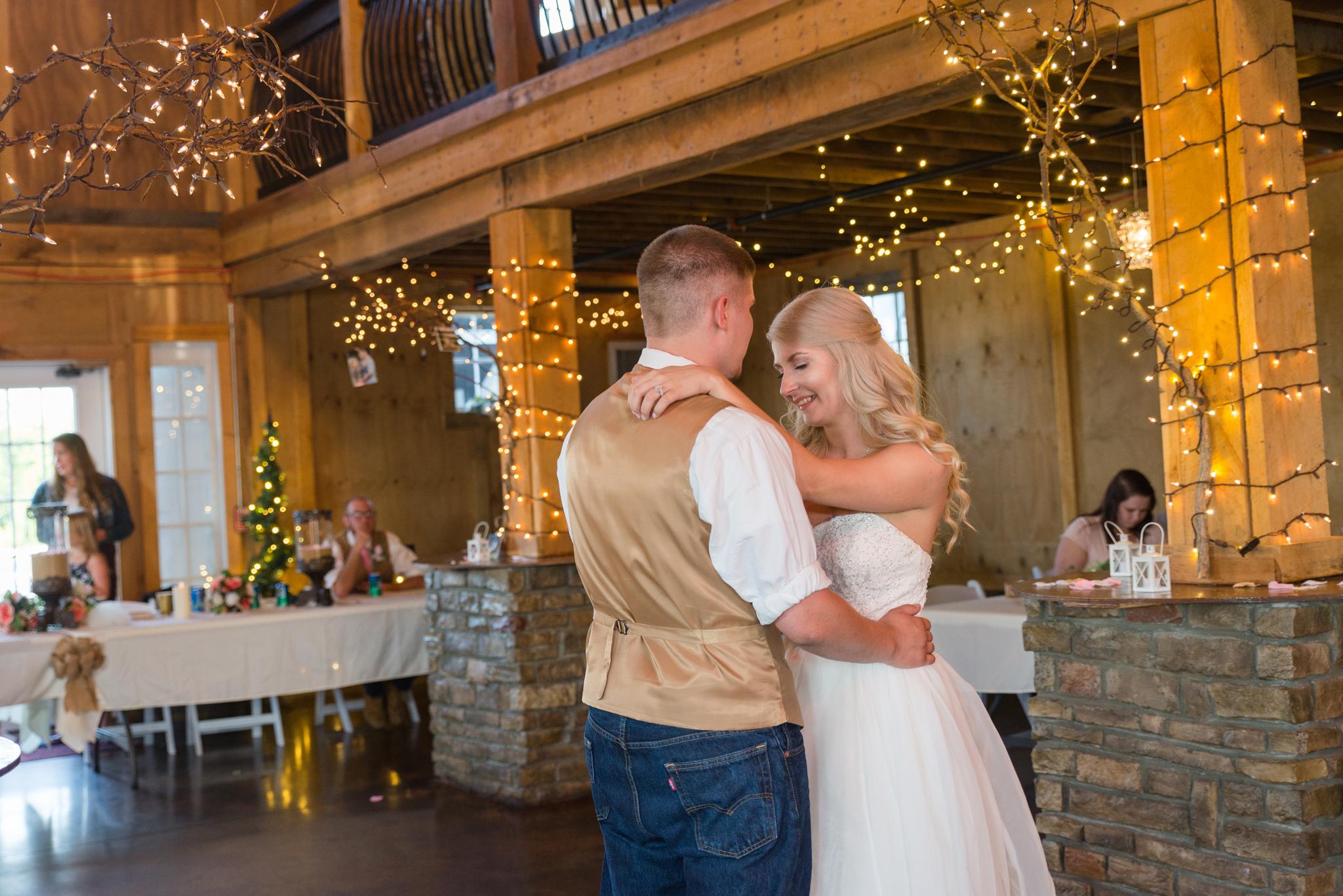 Kentucky, KY wedding, barn wedding, first dance, Josephina Event Venue, Dry Ridge, Louisville, Lexington, Somerset, Ashland, Morehead, Winchester, Mt Sterling, West Chester
