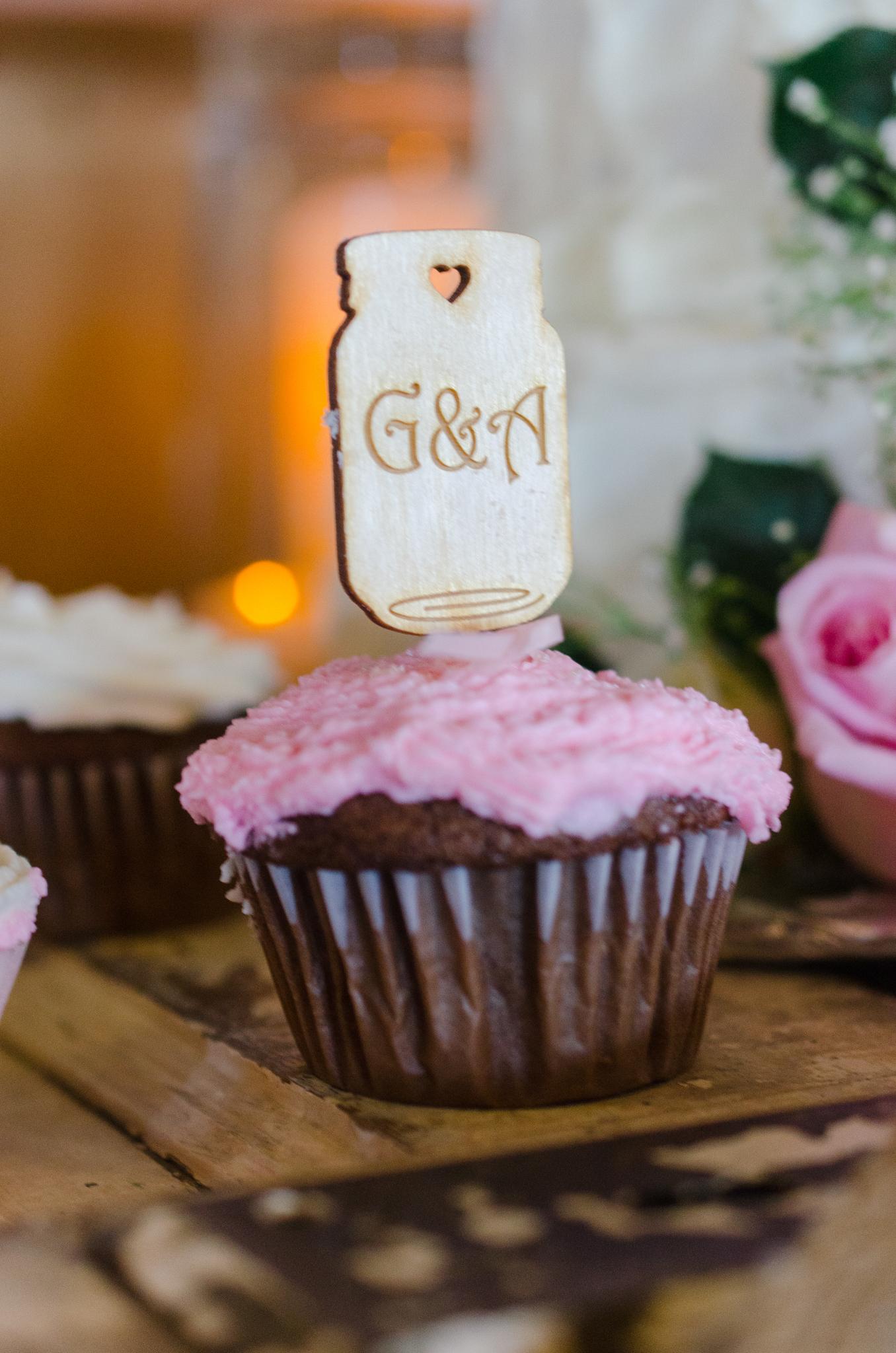 cupcake, wedding details, Lexington, Dry Ridge, Ashland, Louisville, Winchester, Mt Sterling, Kentucky wedding