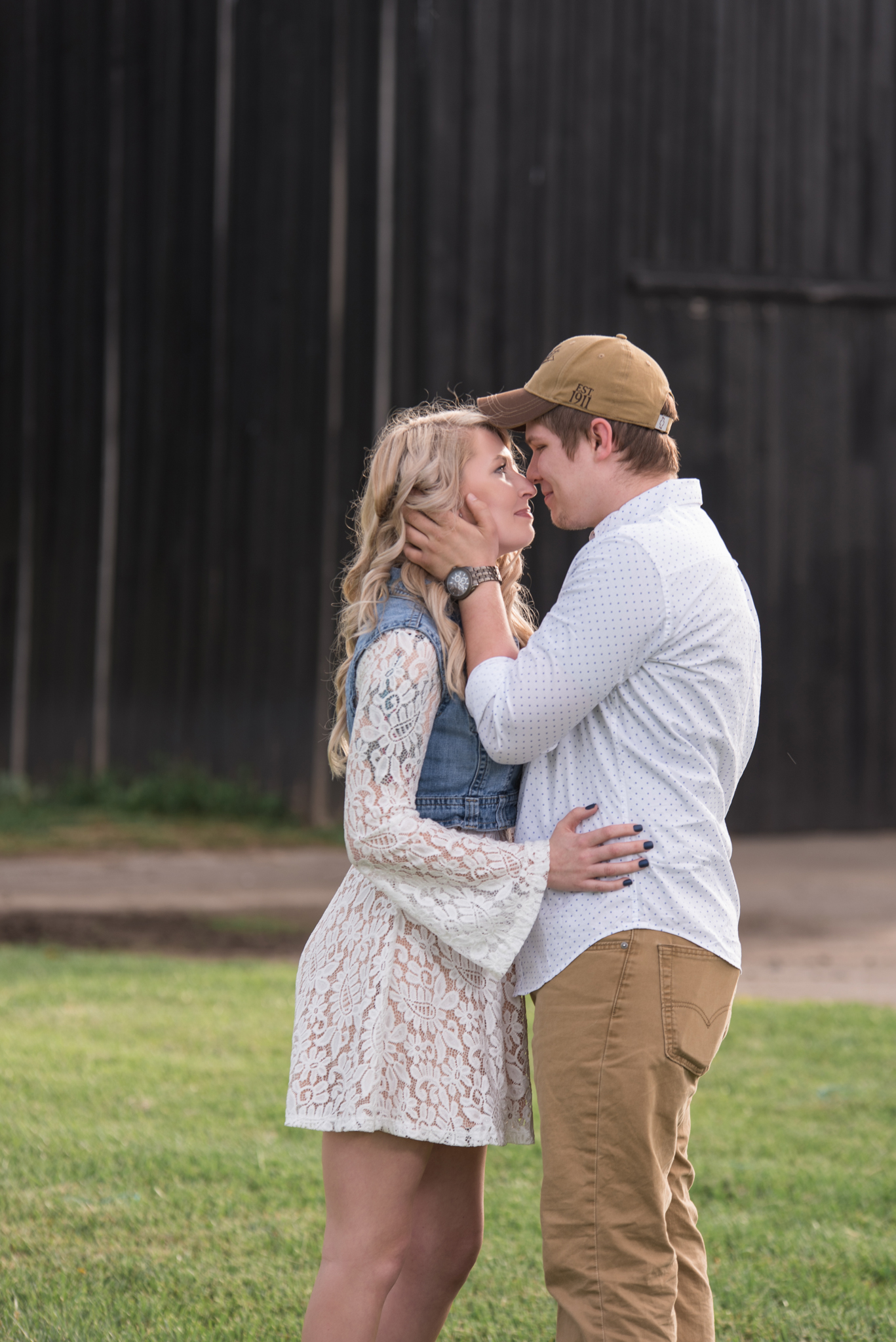 Lexington KY engagement photography of happy couple