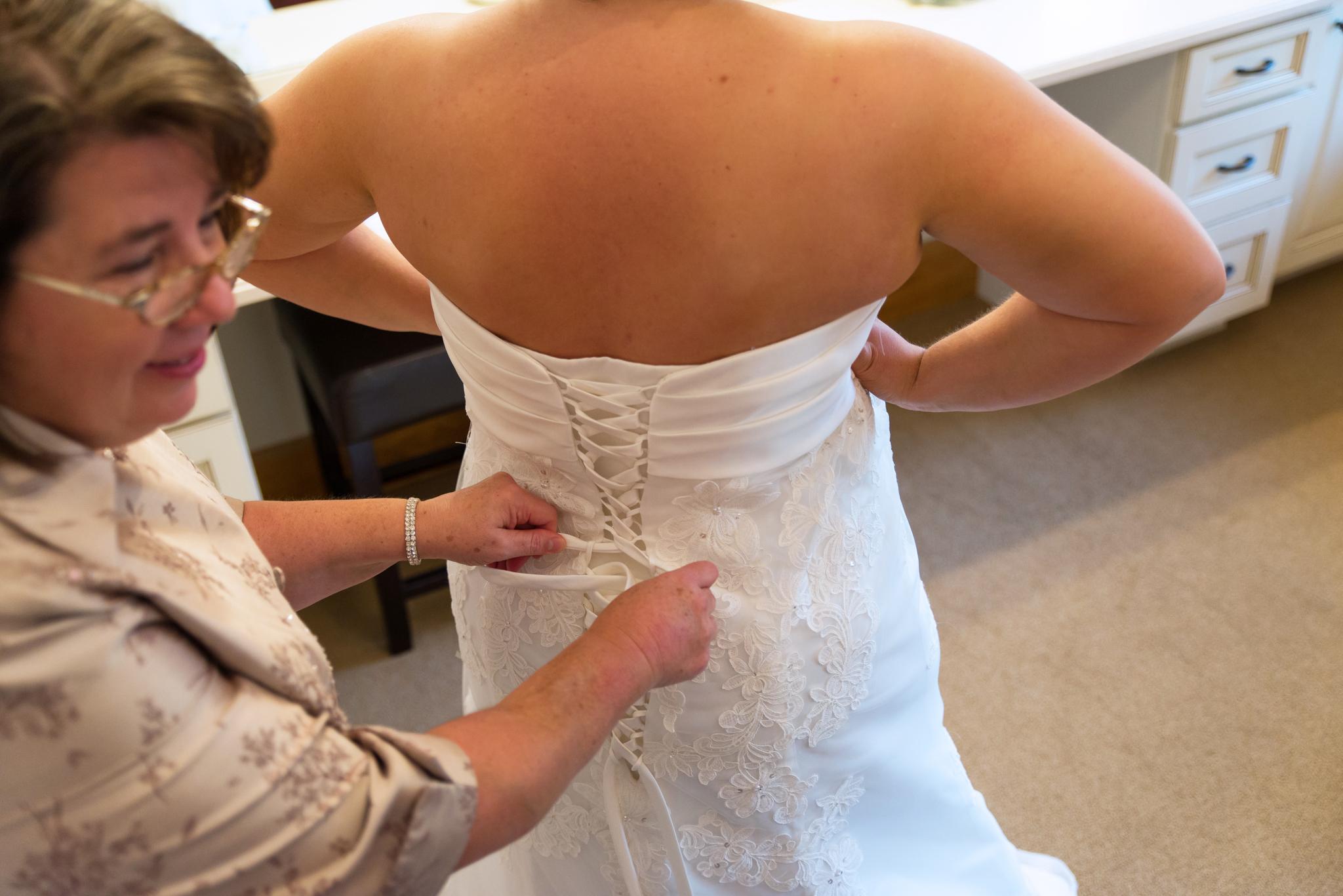 Bride getting ready in Gatlinburg TN