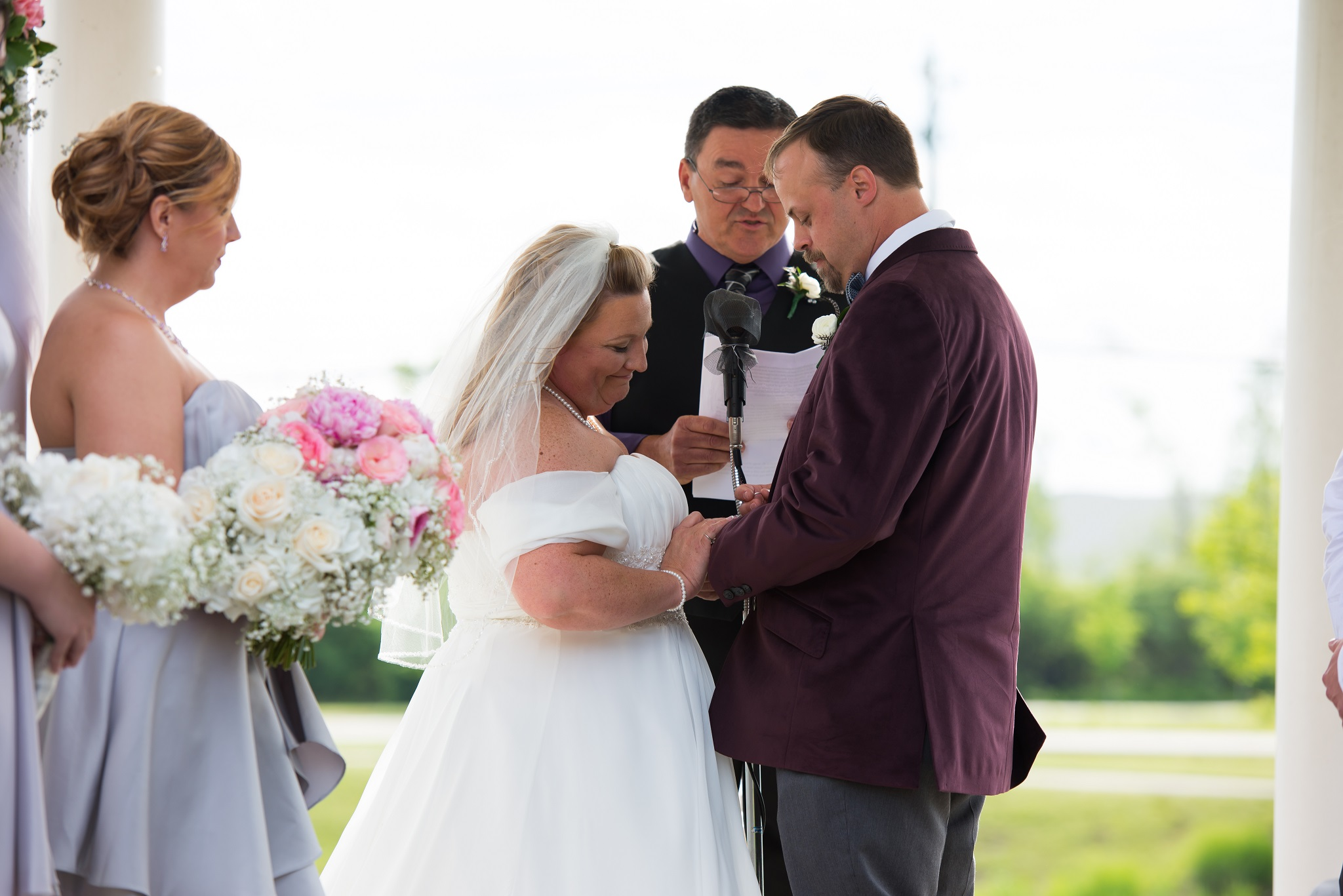 West Chester, OH Mulhauser Barn Wedding Photos: Matthew and MIchelle
