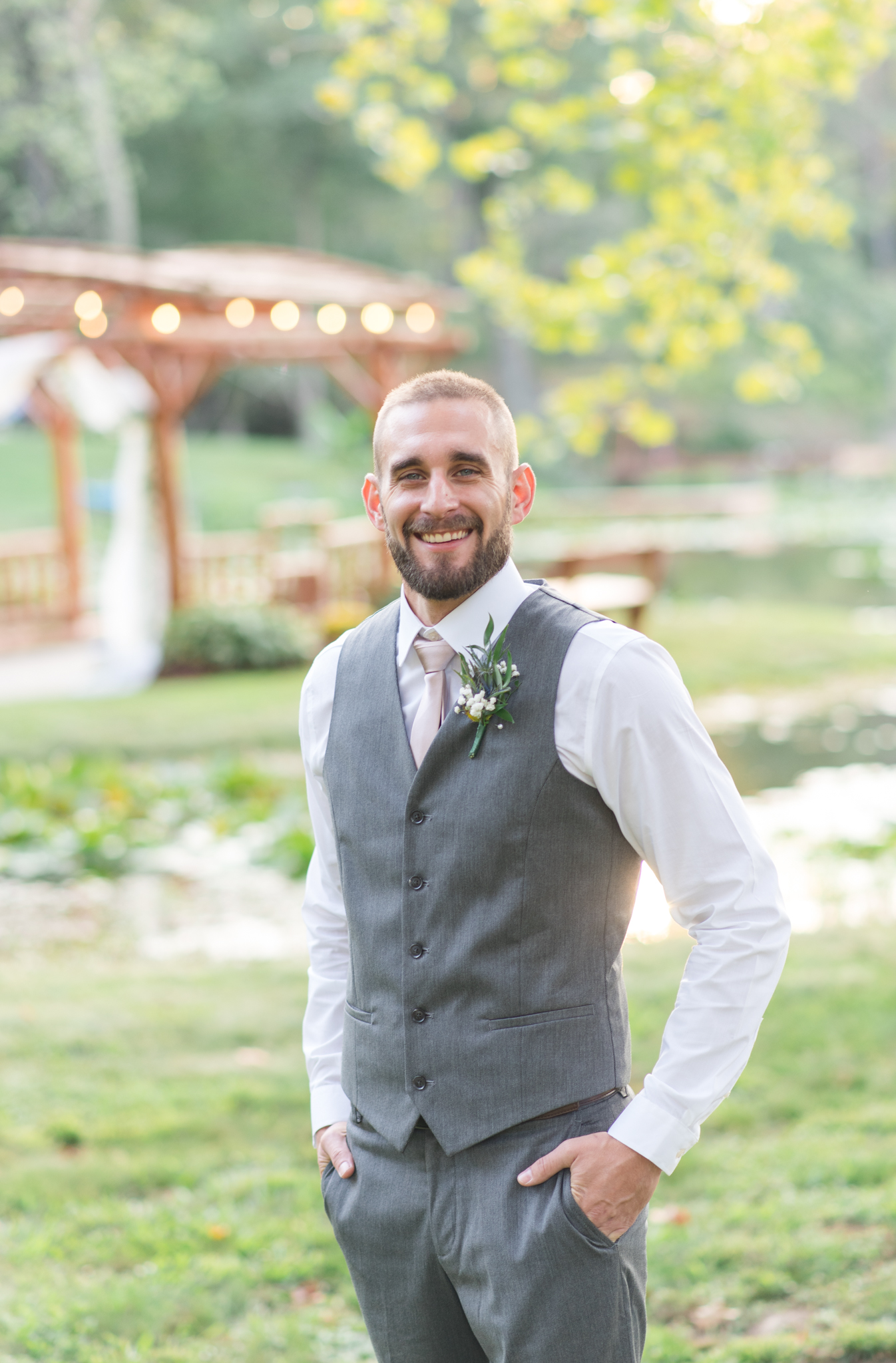 groom, wedding, Kentucky, Stanton, Red River Gorge