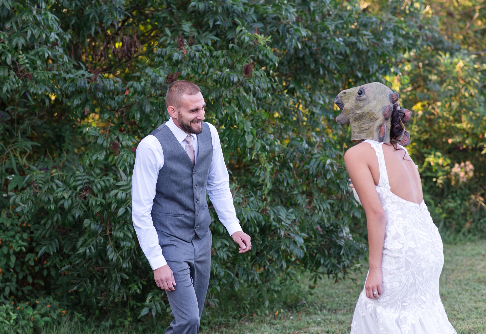 t rex bride, first look, red river gorge, Kentucky wedding photographer