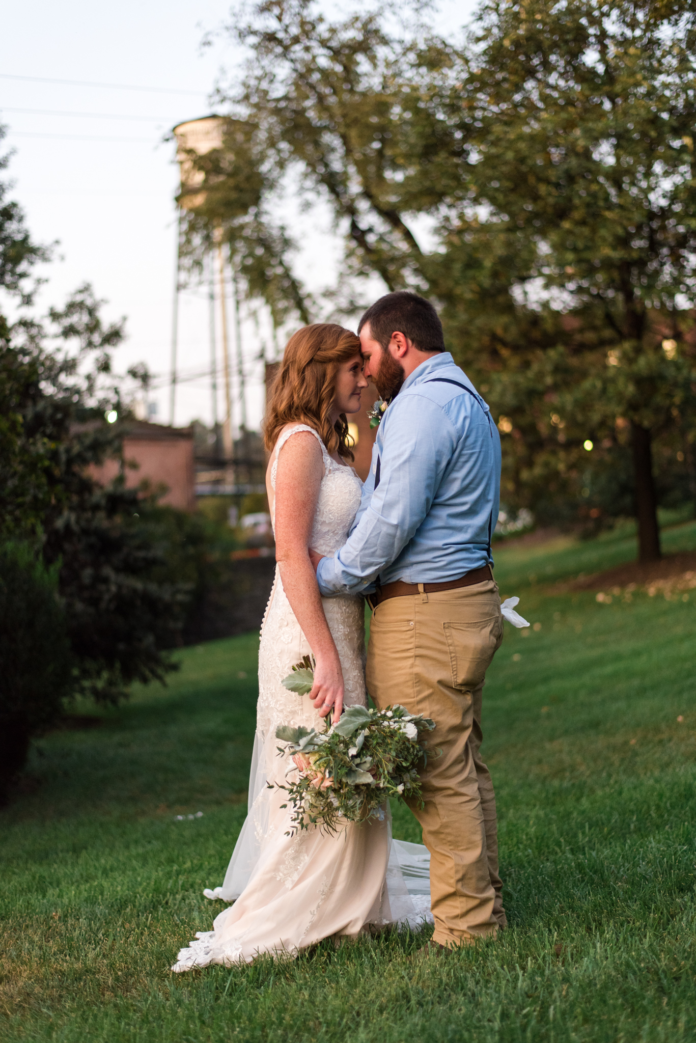 bride and groom at buffalo trace distillery