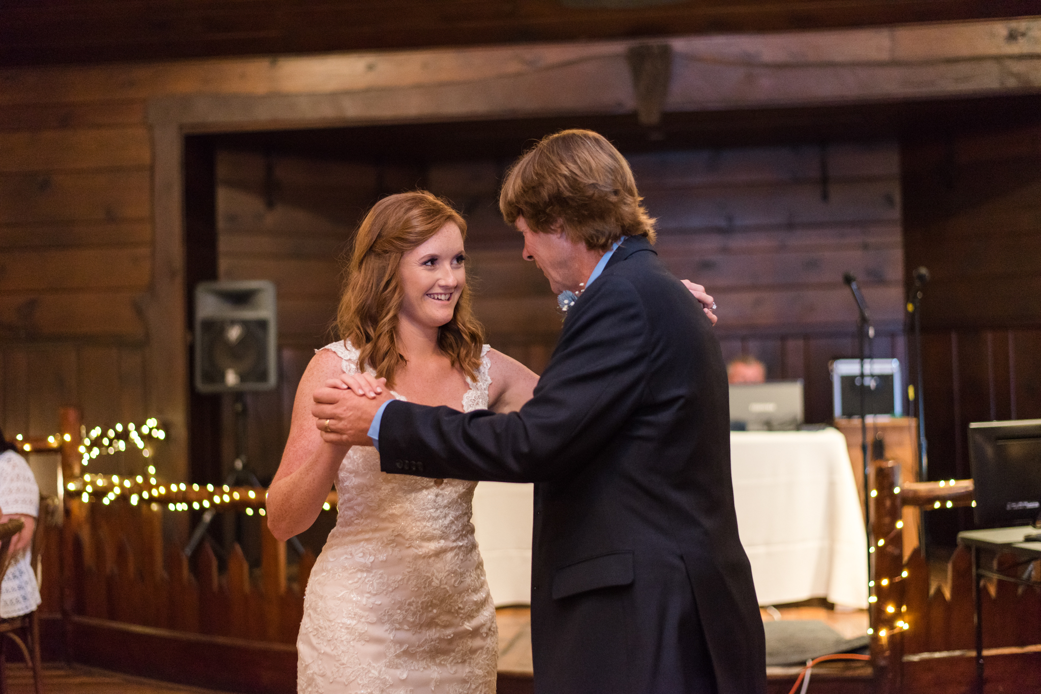 bride and her father dancing at buffalo trace distillery